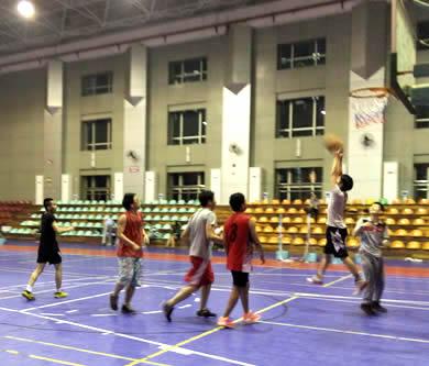 英姿飒爽 精彩运动记录——广州优网科技篮球羽毛球活动
